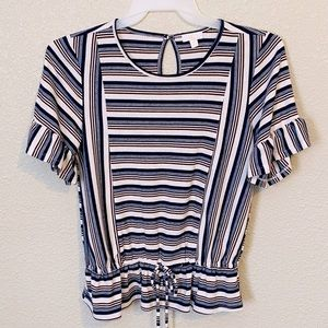 Lovely Womens Top With Bottom Gathers Size M